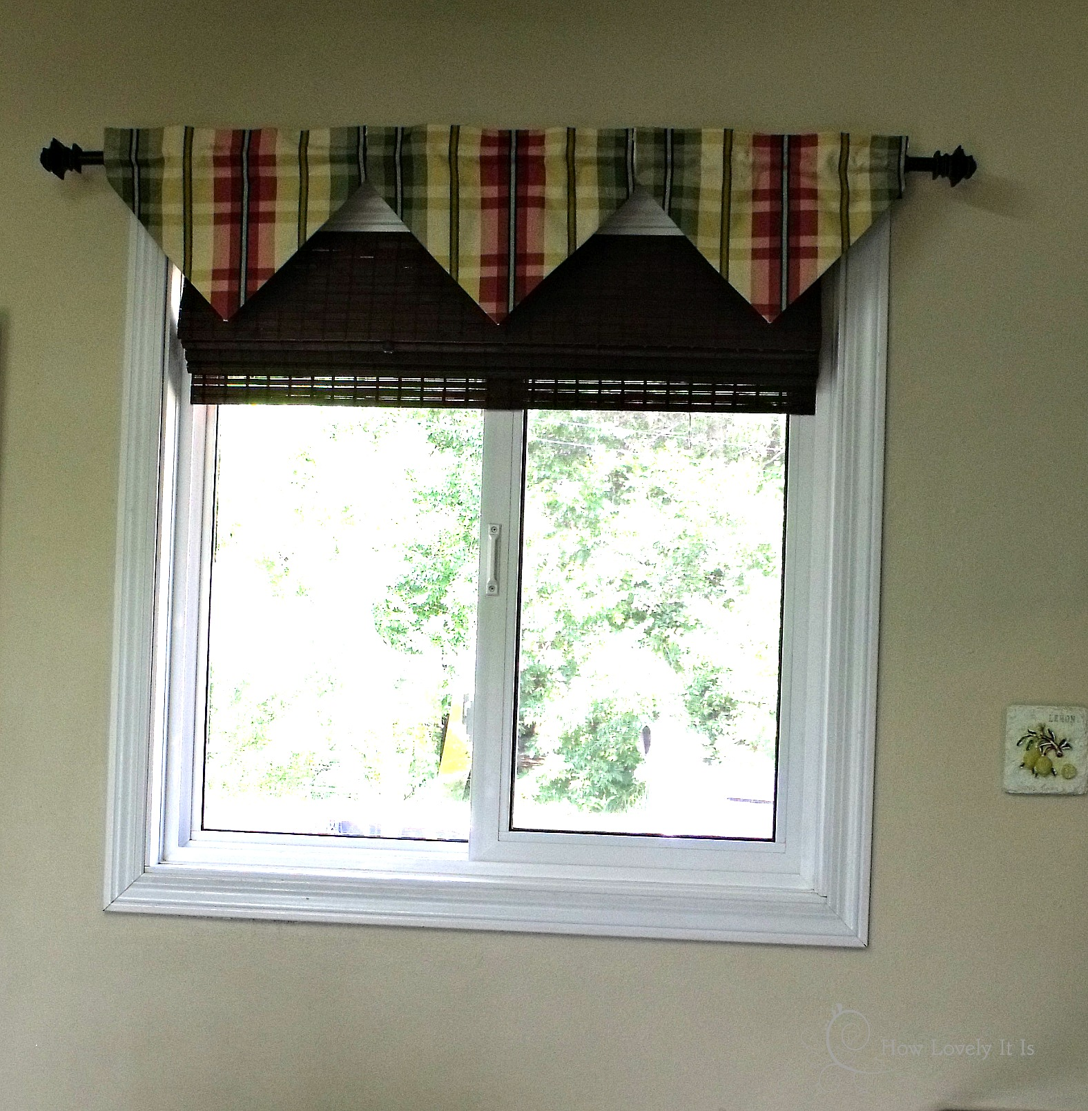 Kitchen Window Valances Kitchen Window Valances 17 Best Images About Window Treatment